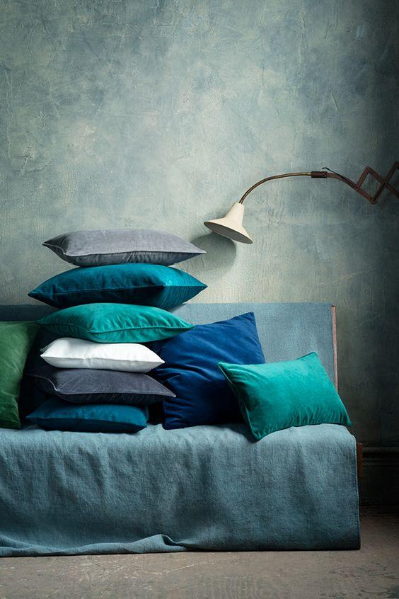 teal-cushions